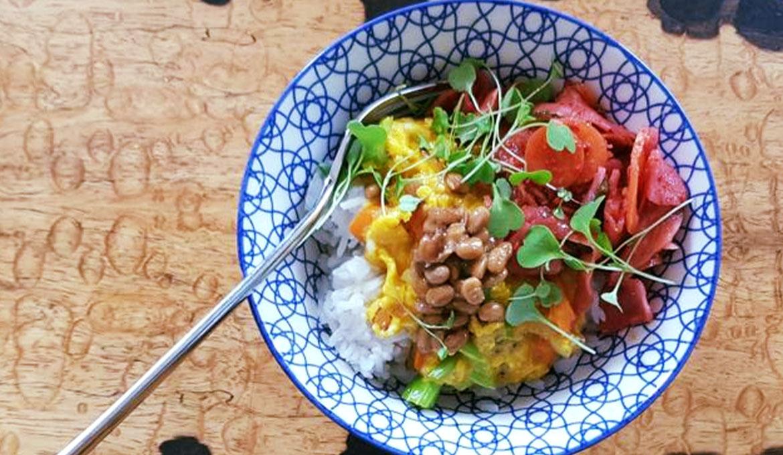 rezept_reis_mit_kohlrabi-kimchi_und_natto2